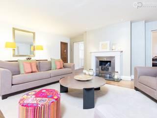 Modern Luxury Living Space Salas de estar modernas por homify Moderno