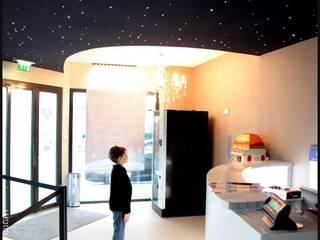 """cinéma """"LE STAR"""" à Saint Tropez:  de style  par ANA PAOUTOFF"""