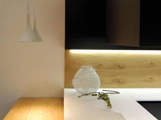 Cucina nera 2.0 Cucina moderna di Studio Versuro Moderno