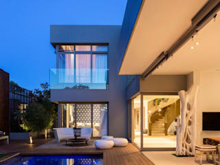 Pool by C7 architects,