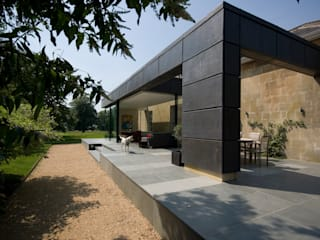 Innox Lodge Modern houses by Designscape Architects Ltd Modern