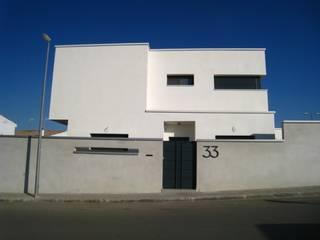 Vivienda 1034 Casas de estilo moderno de Estudio Dva Arquitectos S.l.p. Moderno