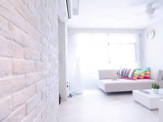 Apartment at Punggol Field ミニマルデザインの リビング の Honeywerkz ミニマル