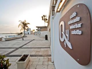 Quattro Quarti - Salotto sul mare Gastronomia in stile mediterraneo di MGA LAB Mediterraneo