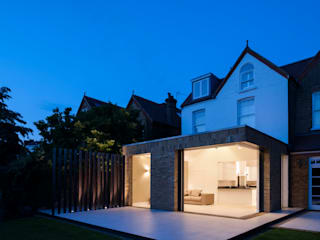 Malbrook Road Modern windows & doors by IQ Glass UK Modern