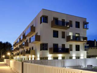 32 viviendas en Fadura Erredeeme Arquitectos slp Casas