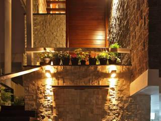 de Balan & Nambisan Architects Moderno
