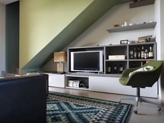 Casa Anni 50 Soggiorno eclettico di studionove architettura Eclettico
