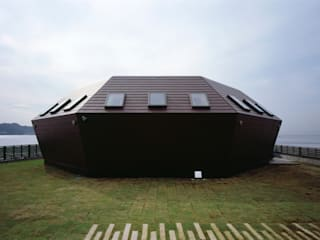 Seashore Shell House 房子 根據 Takeshi Hirobe Architects /株式会社 廣部剛司建築研究所