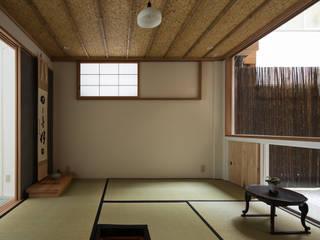 O-RENOVATION TOFU Casas de estilo moderno