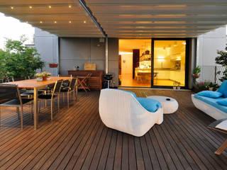 +studi Balkon, Beranda & Teras Modern