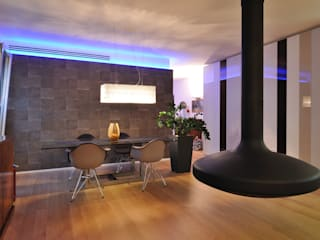 Modern Living Room by +studi Modern