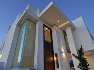 Maisons modernes par Espaço Cypriana Pinheiro Moderne