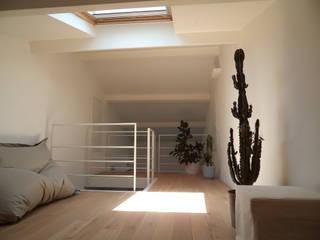 Ristrutturazione PM Soggiorno minimalista di noMade architettura Minimalista