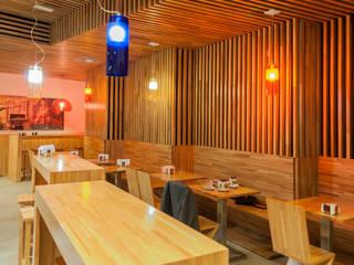Tahona (Matogrande): Locales gastronómicos de estilo  de RCP arquitectos