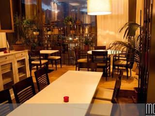 GHEA - VEGETARIAN RESTAURANT Gastronomia in stile moderno di MGA LAB Moderno