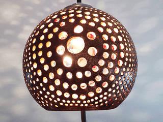 lampa aborygeńska: styl , w kategorii  zaprojektowany przez Aleksandra Mysiorska