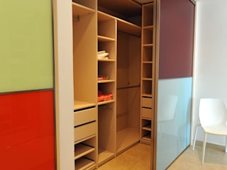 Dressing room by Ivan Torres Architects, Modern