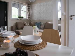 Scandinavian style hotels by Ewa Weber - Pracownia Projektowa Scandinavian