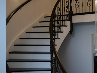 A Stunning classic staircase with handmade handrails and iron spindles. Classic style corridor, hallway and stairs by Sovereign Stairs Classic