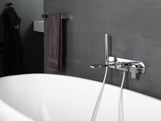 Bonomi Bonny - Miscelatore vasca da incasso a parete :  in stile  di Bonomi Contemporaneo Italiano