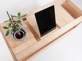 BEE 9 MEDIA UNIT: modern  by MADE IN THESE ISLES, Modern