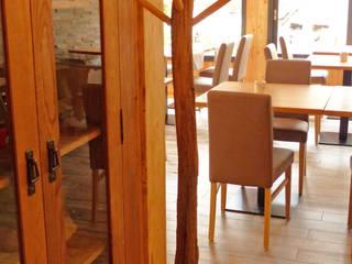 Décoration et mise en ambiance d'un restaurant de montagne par Shopping Déco Sarl Rural