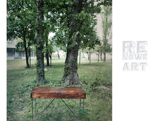 Sosnowe biurko ze stalowymi nogami od ReNowe Art Śródziemnomorski