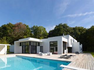 """L'esprit """"ouvert"""": Maisons de style  par ATELIER D'ARCHITECTURE ET D'URBANISME MARTIAL"""