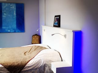 Camera da letto in stile  di Adriana Art Déco