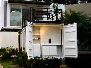 Minimalist houses by Ferraro Habitat Minimalist