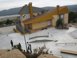 Casa de la Juventud, Manzanares el Real, Madrid Espacios de JARQUE ALONSO ARQUITECTOS