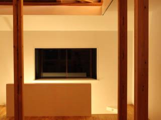 House K: kosuke sakai & associatesが手掛けたリビングです。