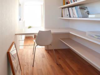 LIC・山本建築設計事務所의  주택