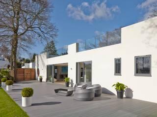 modern  oleh LA Hally Architect, Modern