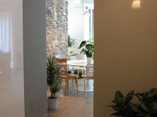 ristrutturazione d'interni villa unifamiliare Case moderne di Architetto Monica Becchio Moderno