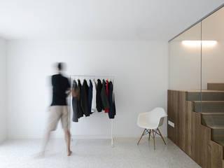 039_Interno:  in stile  di MIDE architetti