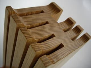 .Messerblock Robinienholz - aus einem Block gefertigt von holzunicum Minimalistisch