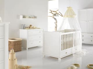 Shakery Nursery Furniture set von Adorable Tots Klassisch
