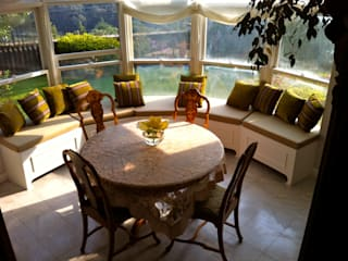 Erika Winters® Design Eclectic style dining room