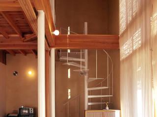 玄関: 稲吉建築企画室が手掛けた廊下 & 玄関です。