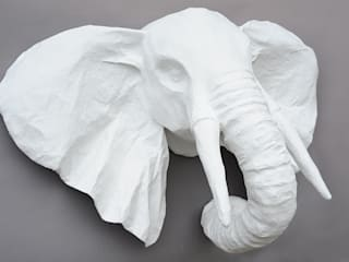 Trophées blancs en papier mâché Marie TALALAEFF ArtSculptures
