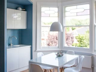 London Christchurch: Sala da pranzo in stile in stile Moderno di FGArchitetti