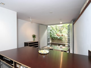 Salmon Lane - London:  Dining room by Rural Office for Architecture