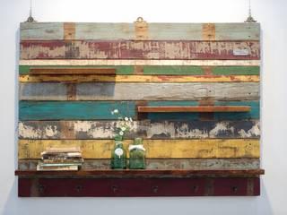 Gemma Art Company Living roomShelves