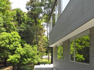 外観2: 小田宗治建築設計事務所が手掛けた家です。