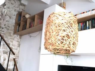 Rénovation d'un espace atypique. Salon scandinave par Amandine Leblanc Scandinave
