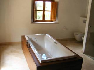Badezimmer:   von Möbeldesign Schuster