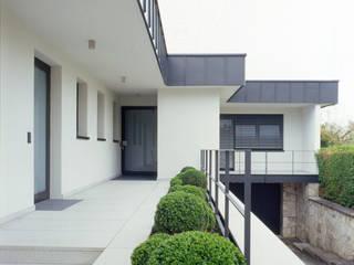 F9B - Family Park Farm tredup Design.Interiors Modern Houses