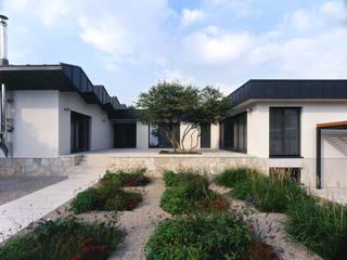 F9B - Family Park Farm tredup Design.Interiors Modern Terrace
